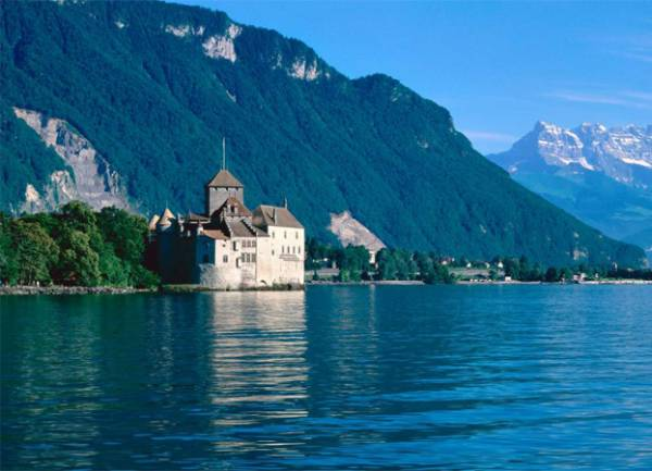 best-family-summer-vacation-destinations-in-europe-tour-navation-mke