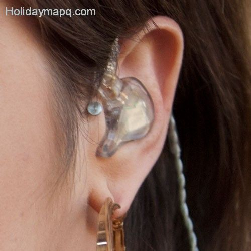 celebrity-tragus-piercings-page-2-of-3-steal-her-style-page-2