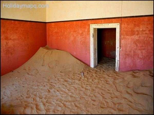 kolmanskop-ghost-town-a-photo-from-karas-south-trekearth