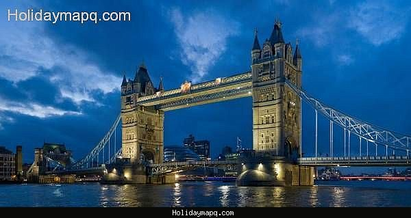 top-travel-destinations-in-the-world-holidaymapq-com-