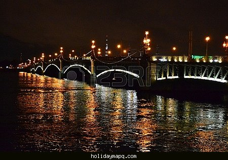 st-petersburg-russia-night-view-of-the-troitsky-bridge-with-