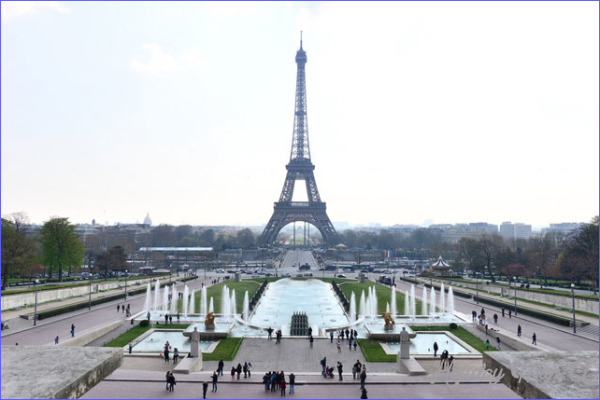 EIffel-Tower-and-Fountains.jpg