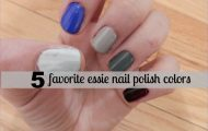 MY NAIL ROUTINE WHEN TRAVELING WITH ESSIE_0.jpg