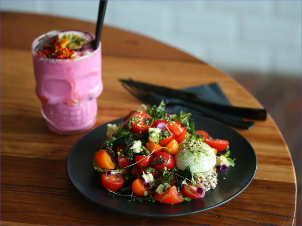 The Best Vego and Vegan Food for Travellers in Melbourne_1.jpg